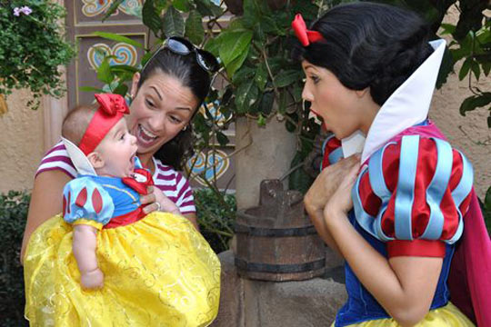 funny-cute-Snow-White-Disney-baby